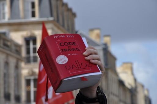 Une vingtaine de chercheurs planchent pour un autre code du travail (XR/Rue89 Bordeaux)