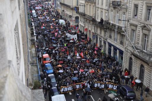 Entre 9500 et 15000 personnes ont manifesté ce mercredi à Bordeaux (XR/Rue89 Bordeaux)