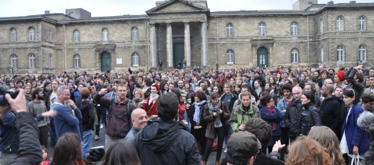 Poursuite du mouvement Nuit Debout à Bordeaux
