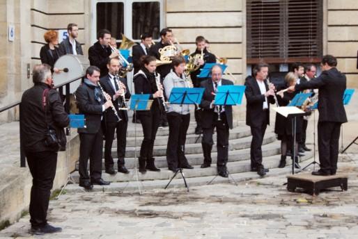 Concert donnée par l'Orchestre d'Harmonie Municipale dans la cour du Palais Rohan (WS/Rue89 Bordeaux)