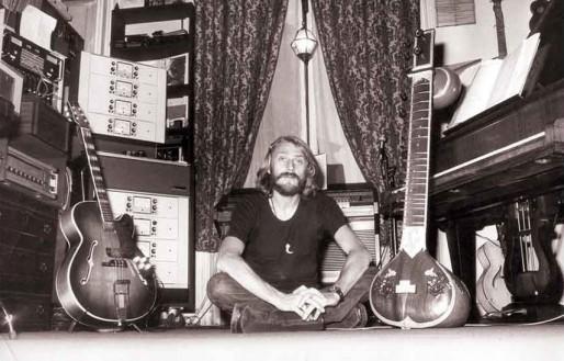 François de Roubaix dans son home studio (DR)
