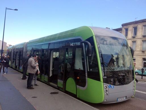 Le trambus sera mis en place dès 2018 et assurera la liaison Bordeaux - Saint-Aubin (JP/Rue89Bordeaux)