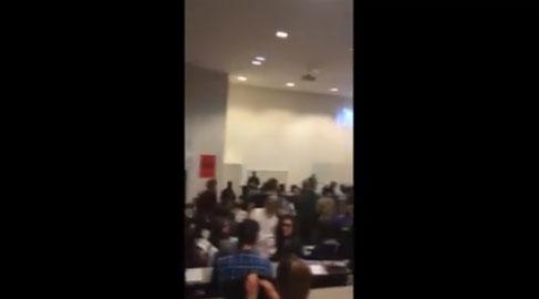 La CIP interpelle Juppé lors de sa conférence à Sciences Po Bordeaux