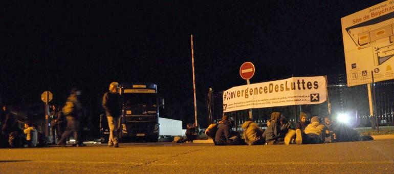 Loi travail : blocage des entrepôts d'Auchan, «porte-monnaie du patronat»