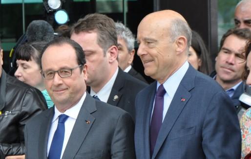 François Hollande et Alain Juppé côte à côte à la Cité du Vin à Bordeaux. (Xavier Ridon/Rue89 Bordeaux)