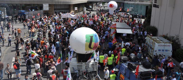 Loi Travail : une manif entre votations et coups de bâtons