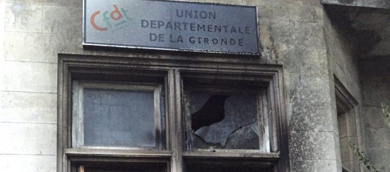 La CFDT «pas intimidée» par l'incendie de son local à Bordeaux