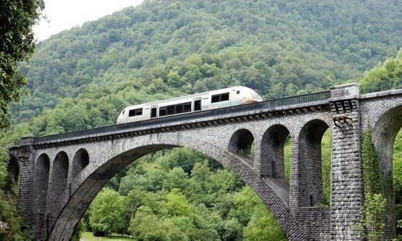 TER Pau-Canfranc : Somport et pas sans reproche