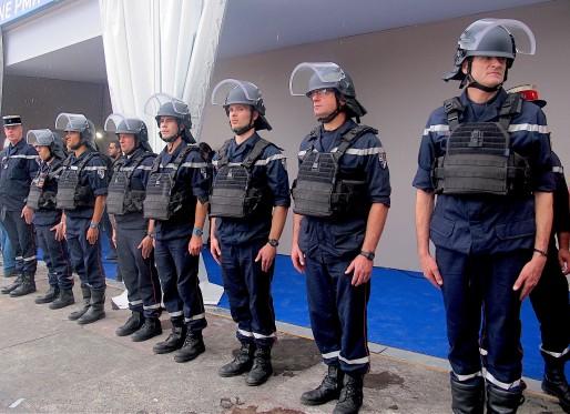 Au total, 90 000 personnes sécurisent l'Euro 2016 en France (AP/Rue89 Bordeaux)