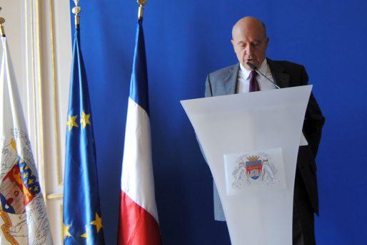 Alain Juppé lors du point presse avant le conseil municipal de Bordeaux (WS/Rue89 Bordeaux)