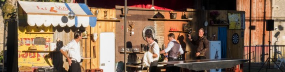 Les garçons de café à Rions (Photo : Dominique Clère)