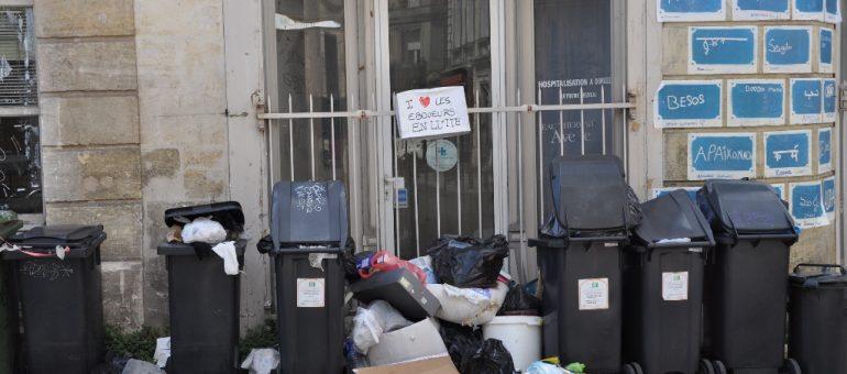 «Bordeaux croule sous ses ordures»