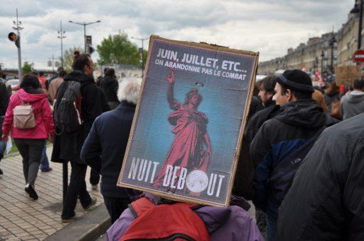Fin avril, l'affiche de Nuit Debout ne croyait pas si bien dire (XR/Rue89 Bordeaux)