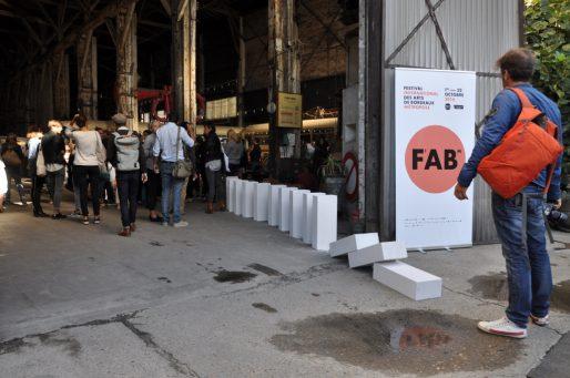 Le Fab veut une programmation béton à l'image de ses dominos. (XR/Rue89 Bordeaux)