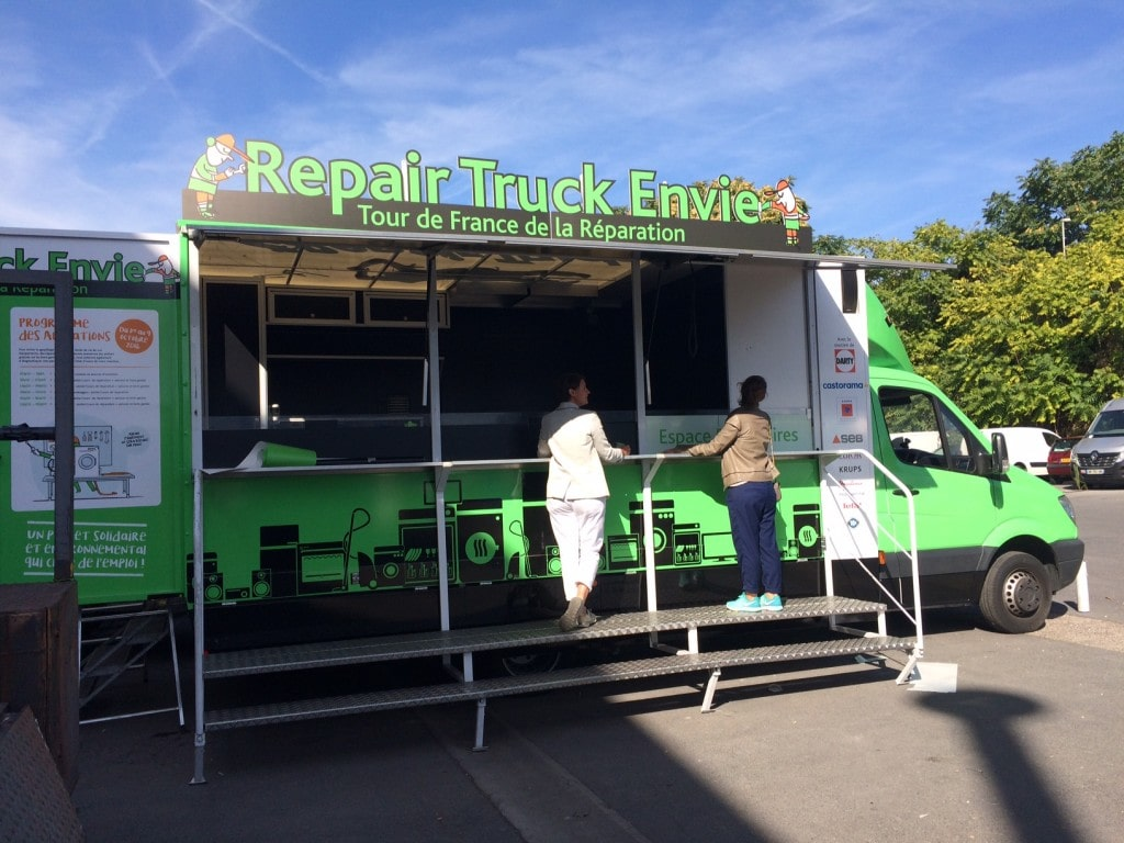 un repair truck pour retaper ses objets ce mardi bordeaux rue89 bordeaux. Black Bedroom Furniture Sets. Home Design Ideas