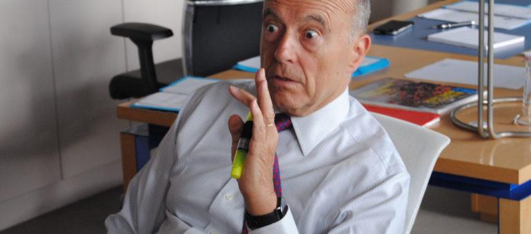 L'opposition municipale accuse Juppé de cacher un déficit et saisit la justice