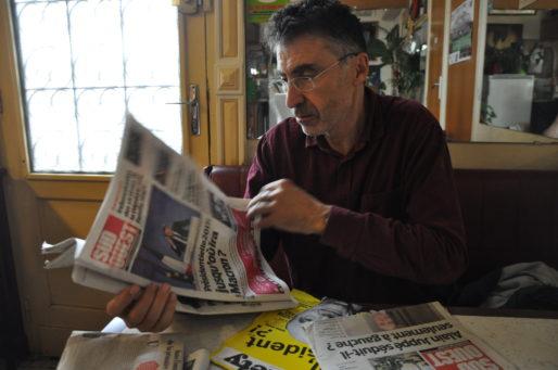 Pierre Carles face à la presse (Xavier Ridon/Rue89 Bordeaux)
