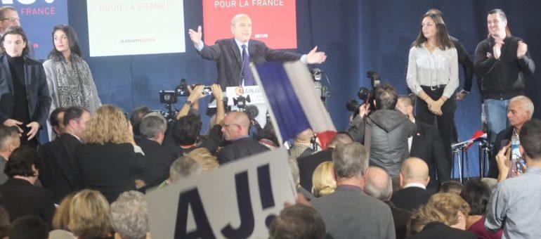 A domicile, Alain Juppé tacle les populistes