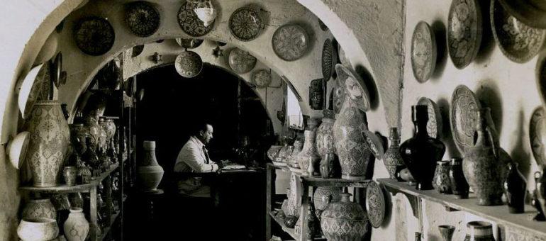 Il chine à Bordeaux une page du patrimoine marocain