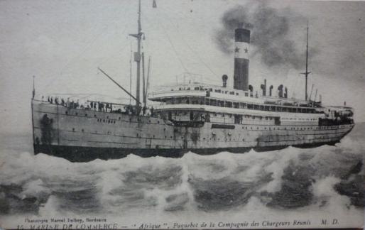 Le paquebot L'Afrique vers 190 (wikimedia)