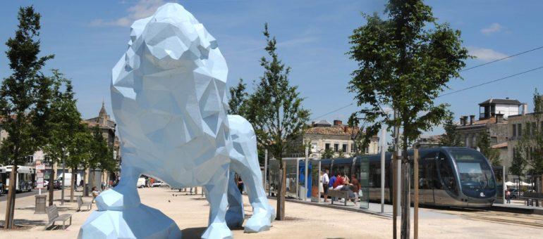 """Xavier Veilhan, à propos du Lion bleu : «faire une œuvre qui puisse """"prendre""""»"""