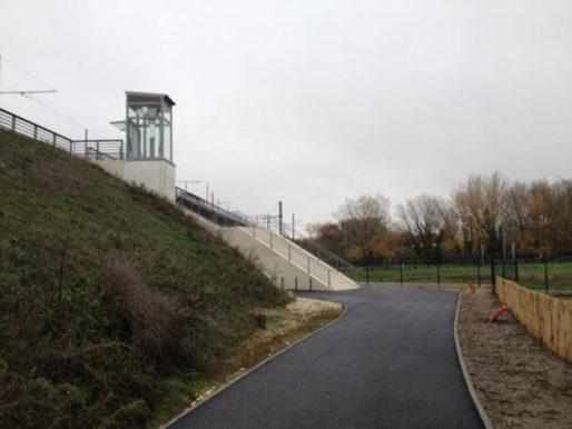 L'accès à la station Ausone à Blanquefort (DR)
