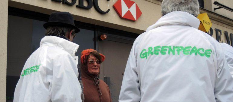 Déforestation et huile de palme : Greenpeace demande des comptes à HSBC