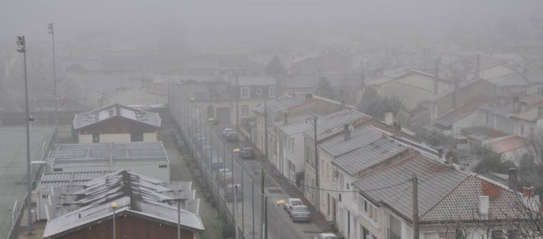 De la neige de pollution est tombée à Bordeaux
