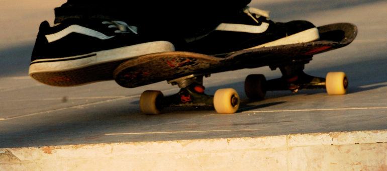 Le skate à nouveau toléré à Bordeaux… deux jours par semaine