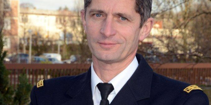 Qualifier l'ex-patron des gendarmes de «fumier» n'est pas une injure, selon le tribunal de Bordeaux