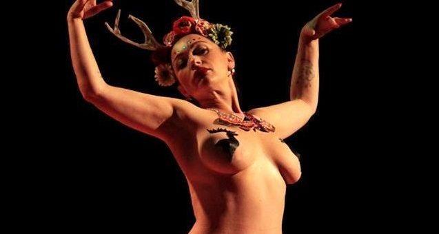A Bordeaux, les filles du burlesque se bougent les fesses