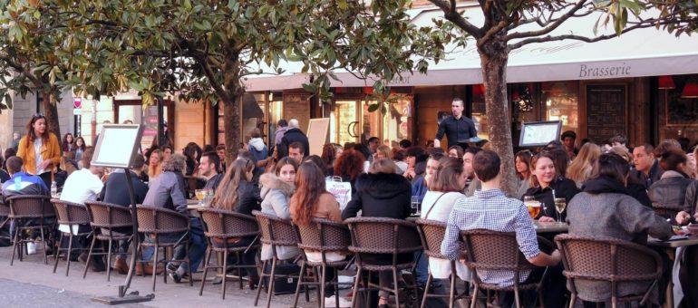 Coronavirus : bars et restaurants de Bordeaux tirent le rideau