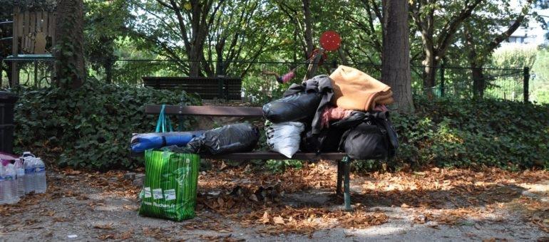 A Bordeaux, le camp de fortune des demandeurs d'asile finit à la poubelle