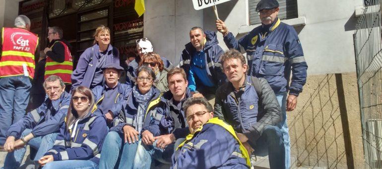 En grève depuis un mois, les facteurs de Gironde en poste restante