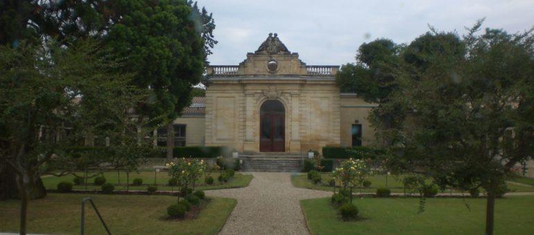 Bordeaux Métropole choisit Veolia pour l'assainissement de l'eau, Transcub porte plainte