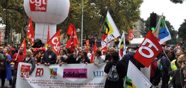 Du Aznavour, un Gaulois et 5000 manifestants contre la «casse sociale» à Bordeaux