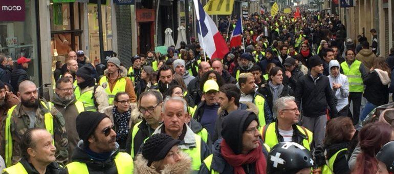Comment l'extrême droite fait tache sur les Gilets jaunes bordelais