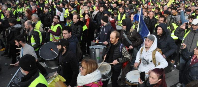 «On a déjà gagné» : une semaine d'actions des Gilets jaunes à Bordeaux