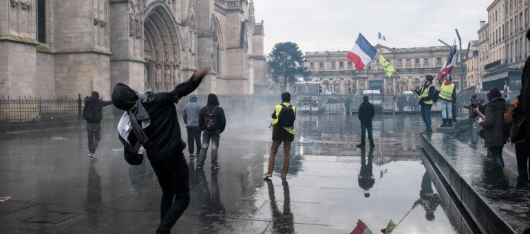 Acte 13 : toujours autant de manifestants et de violence à Bordeaux
