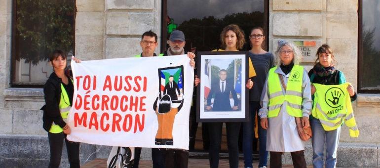 5 portraits de Macron décrochés d'un coup en Gironde par ANV-Cop21