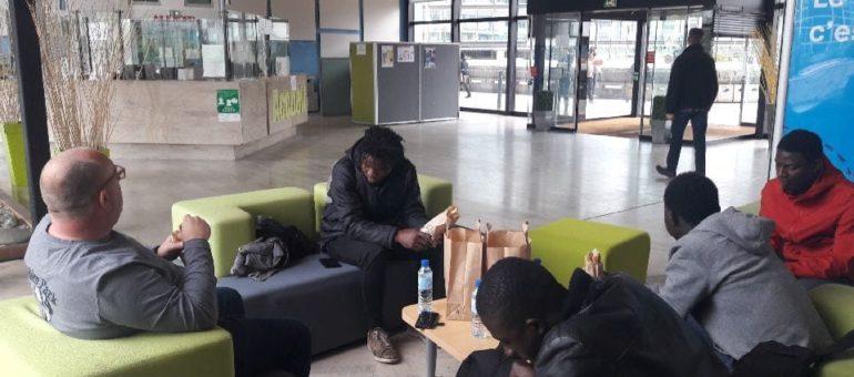 Ovale Citoyen raffute le département de la Gironde sur la prise en charge de jeunes isolés