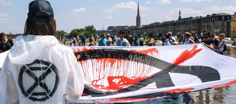 Extinction Rebellion voit rouge à Bordeaux aussi