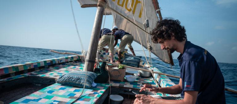 Un Bordelais à bord du Flipflopi, le premier bateau au monde 100% plastique recyclé