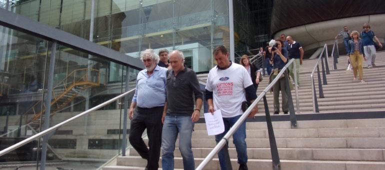 Le tribunal de Bordeaux botte en touche sur la fermeture de l'usine Ford
