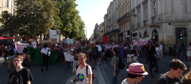 Grève pour le climat : ils ne veulent plus «polluer, consommer et fermer leur gueule»