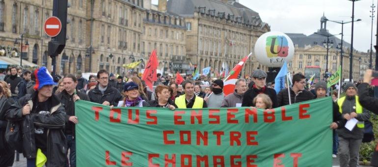 A Bordeaux, gilets jaunes et syndiqués défilent ensemble contre le chômage et la précarité