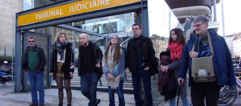 Les «décrocheurs» girondins de Macron condamnés, leur peine suspendue au retour des portraits