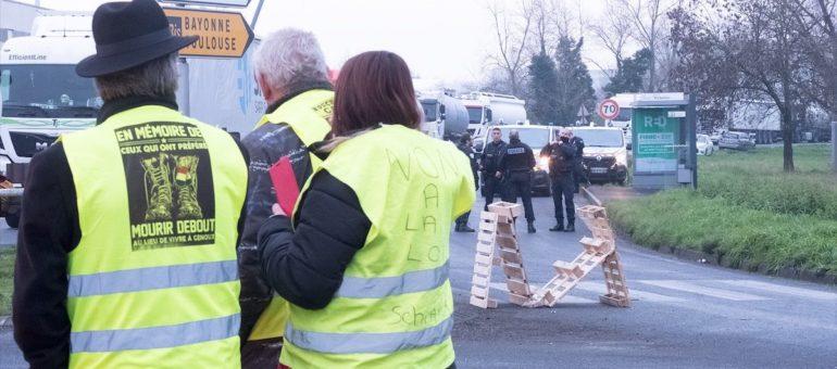 Dépôt pétrolier de Bassens : des manifestants sous haute surveillance