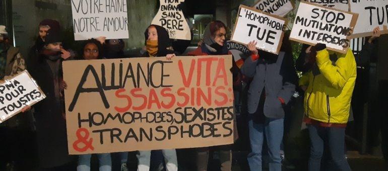 Des féministes ont perturbé la conférence de l'association anti-PMA Alliance Vita à Bordeaux