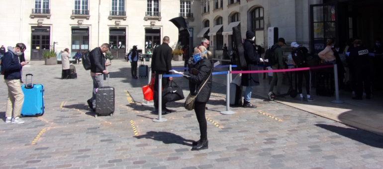 La course aux masques barrières s'accélère en Nouvelle-Aquitaine